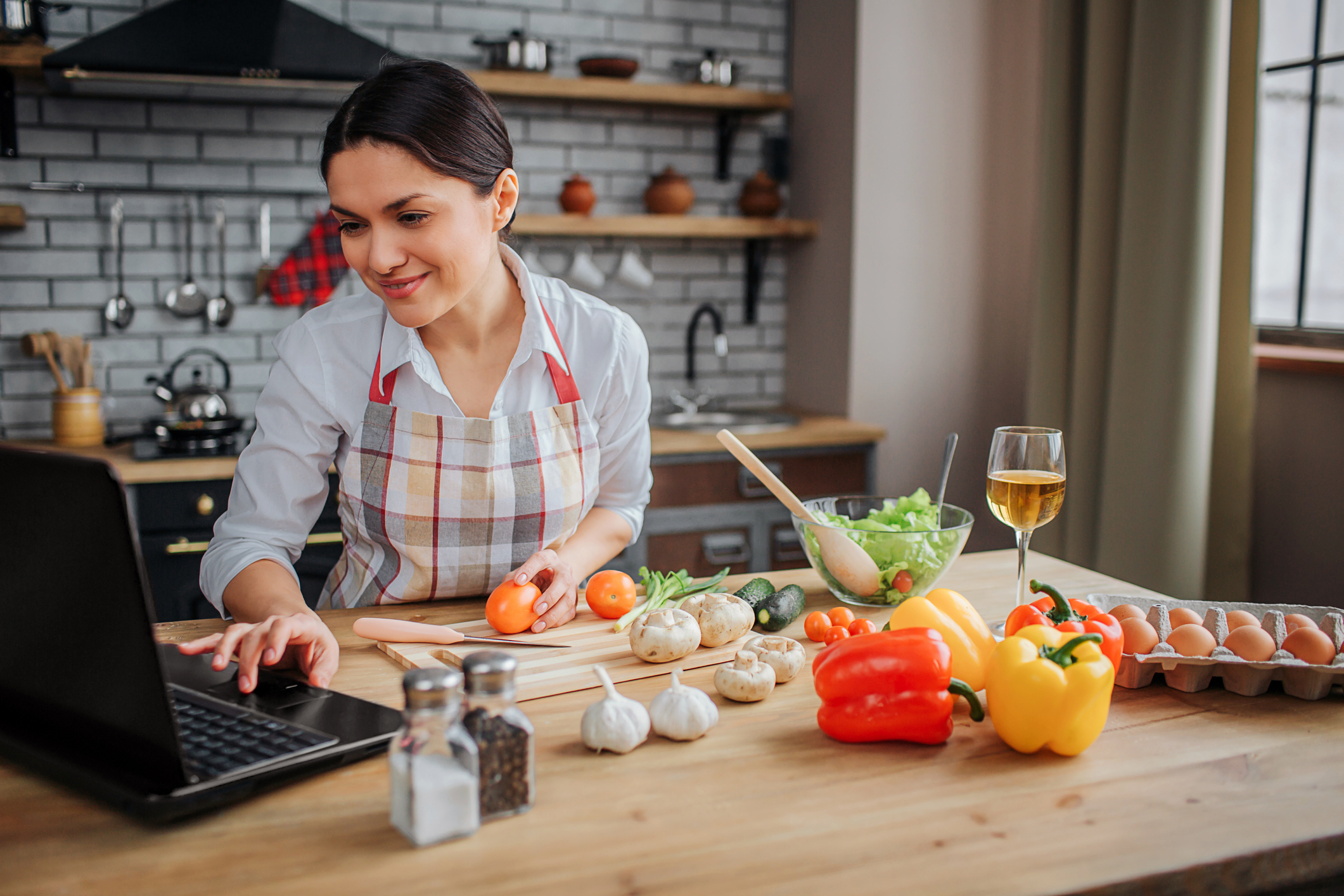 Enhance Your Culinary Skills with Online Classes